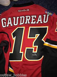 Calgary-Flames-Johnny-Gaudreau-Signed-Autographed-L-Jersey-COA-BNWT