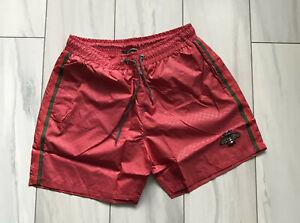 Gucci Para Hombre Pantalones Cortos De Natacion Troncos De Verano Playa Abeja Brodied Rojo Italiano Talla Xl Ebay