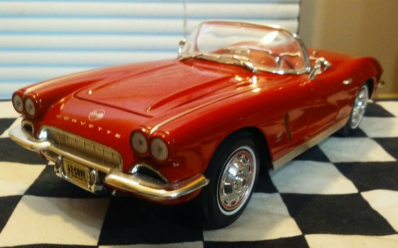 118 Scale Diecast Ertl 1962 Chevy Corvette Convertible