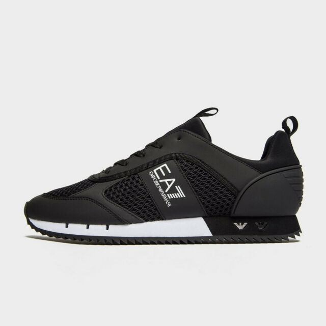 black trainer sale
