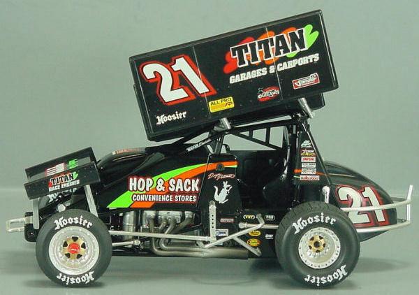 2007 DARYN PITTMAN TITAN GARAGES R&R SPRINT RACE CAR 1 18 GMP WORLD OF OUTLAWS