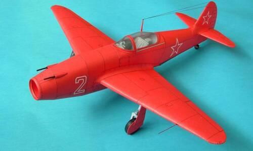 Modelik 01//05 Jakowlew Jak-15 Feather    1:33   mit Lasercutteilen