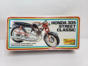 Rare-Vintage-Lindberg-Line-Honda-305-Street-Classic-Model-Kit-1223-USA-1973