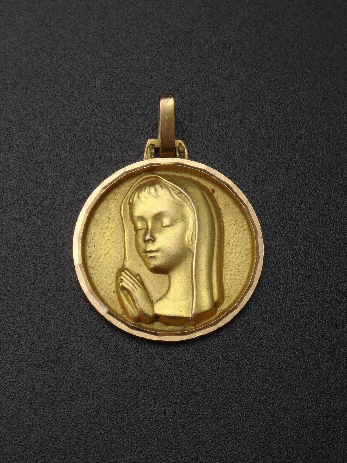 Ancienne médaille religieuse communion en or 18 carats