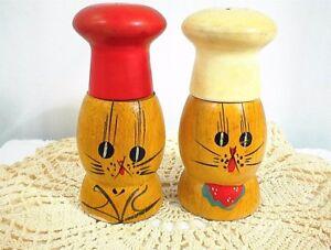 Vintage motorcycle bunnies salt pepper shakers