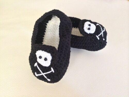 Handmade Baby Boy Newborn Crochet Black Skull /& Crossbone Knit Shoes 0-6m sz1 2