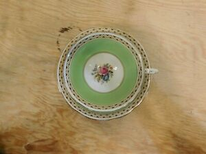 Paragon-Cup-amp-Saucer-Green-White-Gold-Trim-Flowers-1923-33