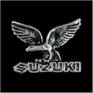 Vintage-Suzuki-Eagle-Logo-Pin-for-Hat-Vest-Jacket-or-Lapel