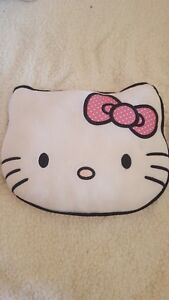 HELLO-KITTY-Coussin-tete-blanc-rose-chambre-fille-TBE-lire-annonce-cplte