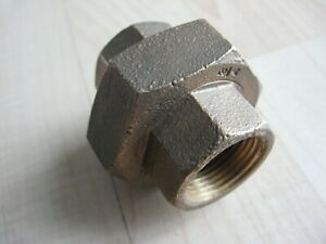 Brass Pipe Union Connector Coupling 1PT Fitting Female Connects