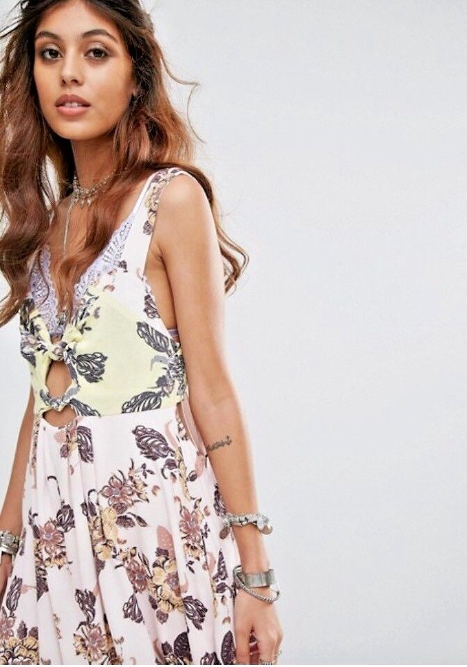 FREE PEOPLE Baby It's You Floral Mini in Ivory Combo Size S  128 NWT OB586767