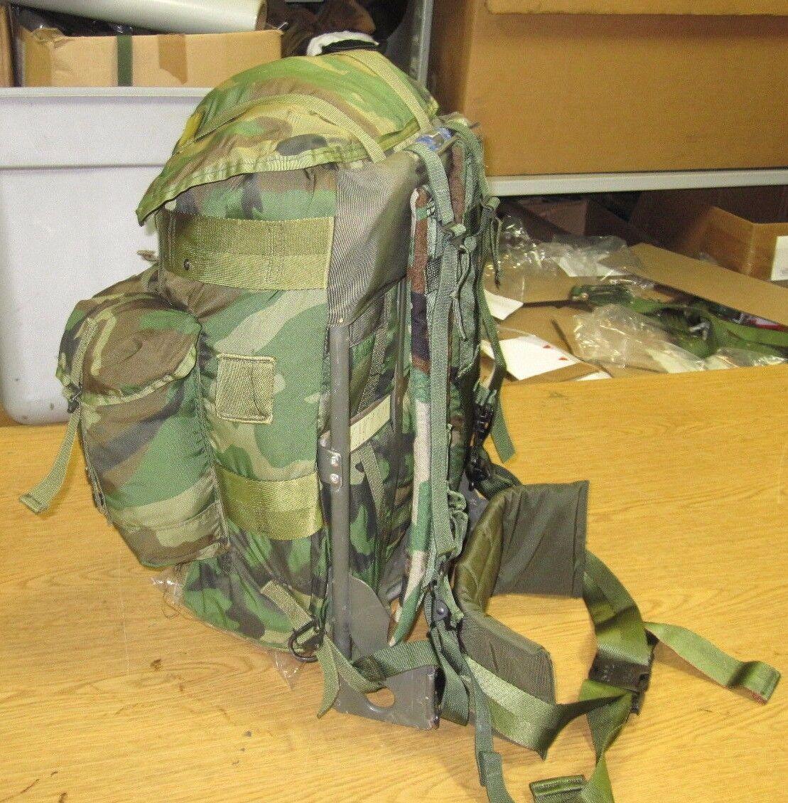 35f0d630c5df Complete USGI Woodland Medium Alice Pack Lc-1 With Kidney Shoulder ...