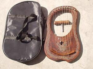 Actif Irish Lyre Harp Rosewood 10 Metal Strings/harpe Lyra à En Bois De Rose + étui Gratuit-afficher Le Titre D'origine Cadeau IdéAl Pour Toutes Les Occasions