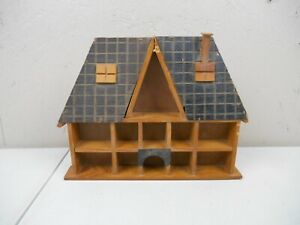 VINTAGE WOODEN HOUSE WALL SHADOW BOX MADE IN TAIWAN