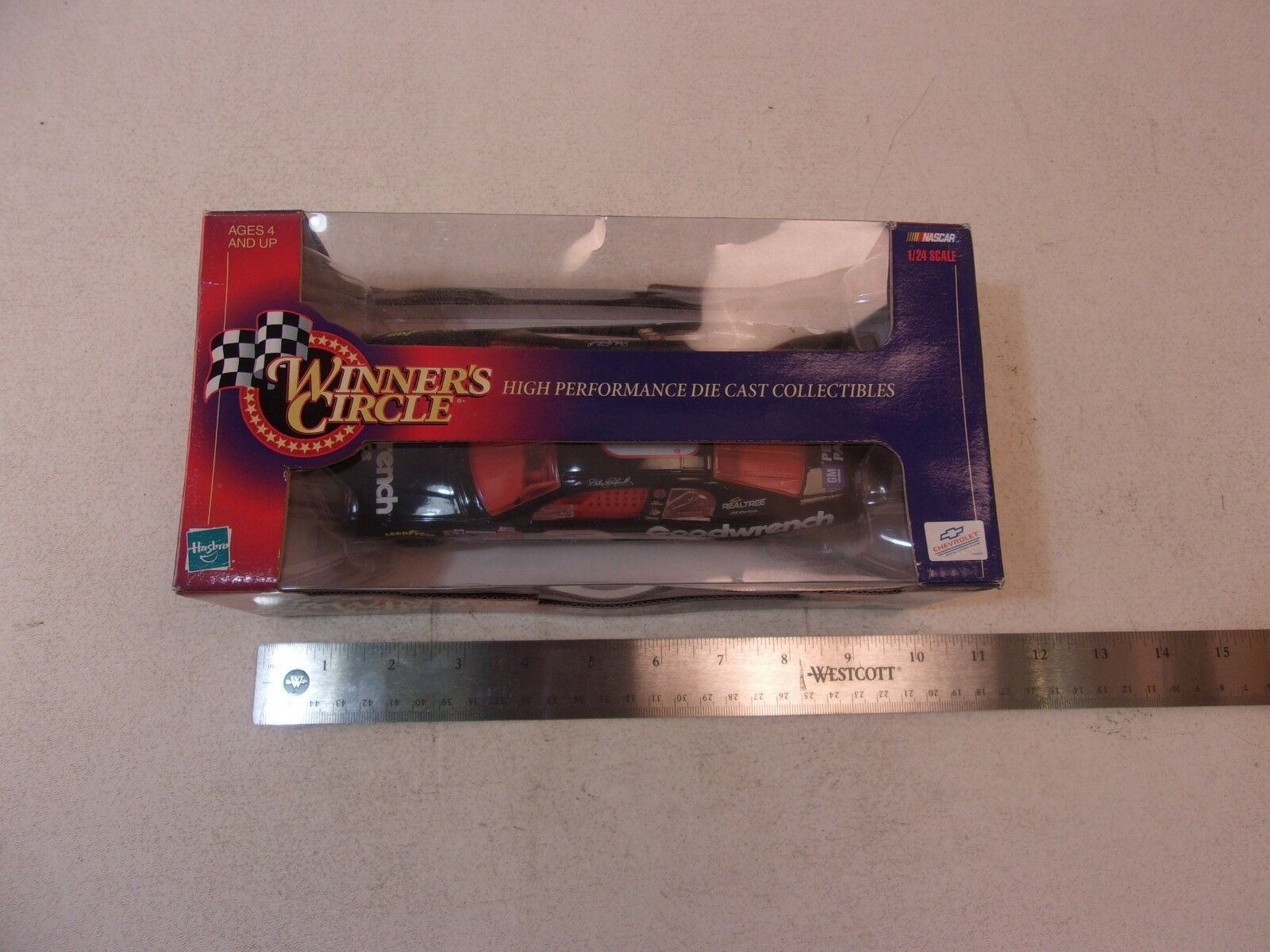 1998 WINNERS 1:24 CIRCLE DALE EARNHARDT   3 GOODWRENCH 1:24 WINNERS DIECAST CAR 9b4141