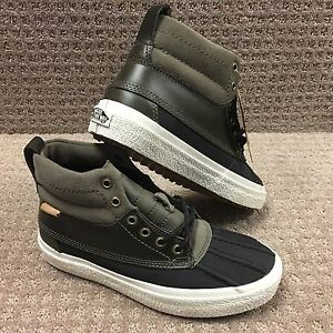 7a684f7562 Vans Men s Shoes