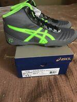 Men's Size 11.5 Granite/green/black Asics Wrestling Shoes