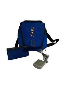 Nintendo-DS-Lite-Lot-Cobalt-Blue-amp-Black-Handheld-System-Case-and-Charger