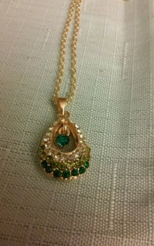 BRAND NEW  NECKLACE PENDANT RHINESTONE 38cm LOBSTER CLASP GOLD CHAIN