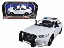 2013 Ford Interceptor White Unmarked Police Car 1/24 Diecast By Motor Max 76924