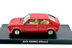 Modello-di-auto-ALFA-ROMEO-ALFASUD-scala-1-43-Diecast-modellcar-STATICO-SOLIDO