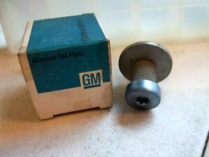 GM-20004286-NEW-OEM-Front-Door-Jam-Striker-Lock-Bolt