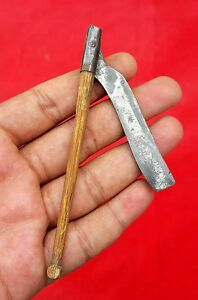1850's ANTIQUE RARE HAND CRAFTED IRON RAZOR WITH WOOD HANDLE