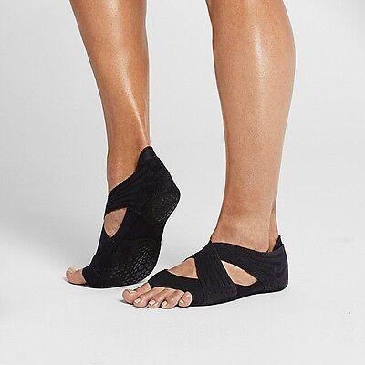 Women's Nike Studio Wrap 4 All Black 811650 001 Size 6 NEW IN BOX