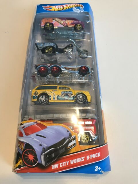 Hot Wheels HW City Works 5 Car Gift Set Pack