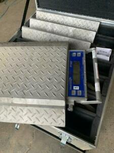 Intercomp PT300DW - Portable Wireless Wheel Load Scale Package- 6 Scales British Columbia Preview