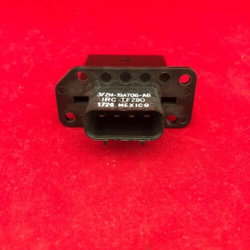 New Genuine Motorcraft OEM HVAC Blower Motor Resistor YH-1715 3F2Z-18591-AA