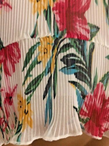 GORGEOUS NEW EX M/&S IVORY PINK GREEN YELLOW FLORAL PLISSE TOP SIZE 6-18