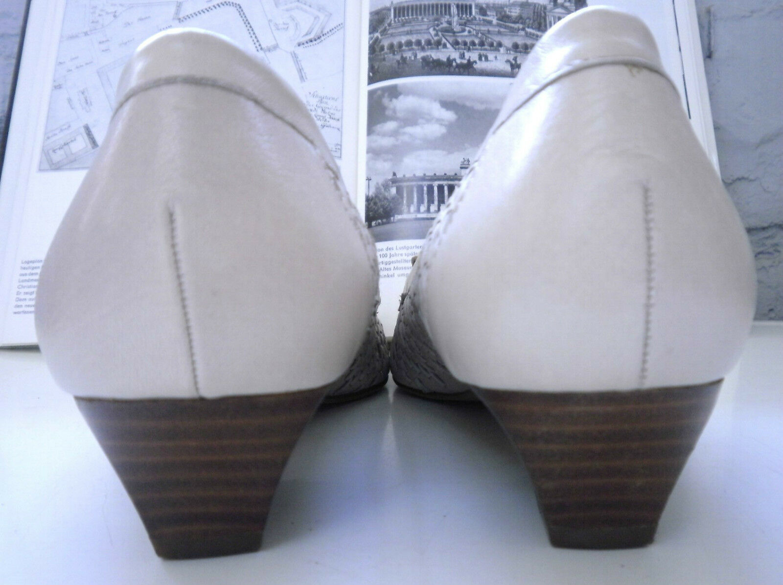 SCHOLL Damen Pumps Halbschuhe NOS True Vintage Schuhe Halbschuhe Pumps UK 7 made Germany Gr. 41 086e9b