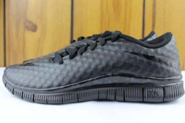 NIKE FREE 5.0 HYPERVENOM YOUTH Taille 6.0 SAME AS WOMAN 7.5 noirOUT NEW RARE