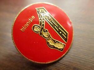 Vintage-70s-80s-original-Blondie-Music-Artist-old-enamel-pin-RED-1-034-Pinbback