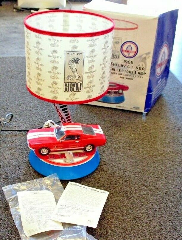 KNG Shelby Collectables Rouge 1968 Shelby GT500 Collectionneurs Lampe avec effets sonores