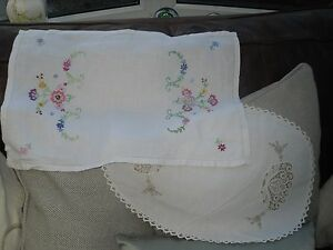 TWO-EMBROYDERED-TRAY-CLOTHS
