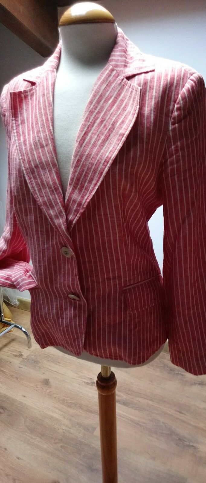 ZARA RED & WHITE PINSTRIPE SUIT size S