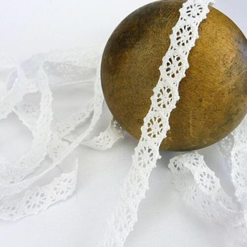 Buddly Crafts 10mm Cotton Crochet Lace 2m White L3