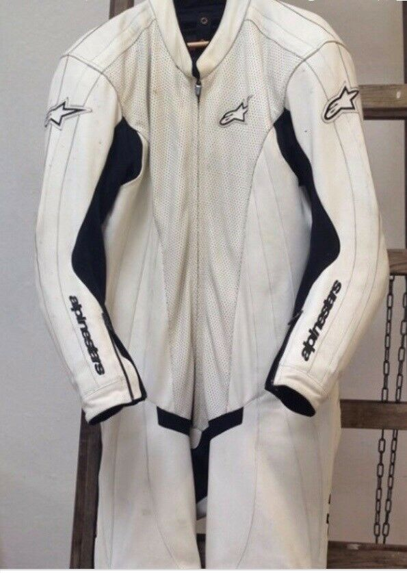 Dragt, Alpinestars, str. 56
