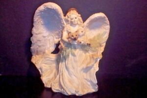 United Design Corp Vintage Angel Fox Lamb Figurine 155310000
