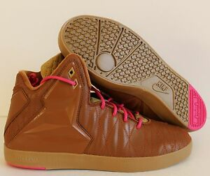 21ec8a8a8bb8 Image is loading NIKE-LEBRON-XI-NSW-LIFESTYLE-HAZELNUT-PINK-SZ-