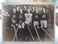 1915 YALE HOCKEY TEAM ENLARGED 16 X 20 PHOTO, NEW HAVEN, CONNECTICUT