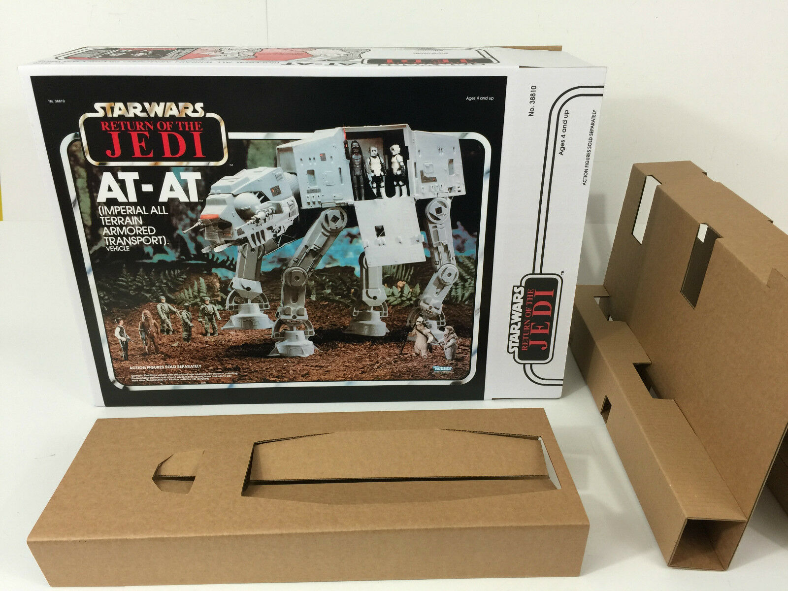 Replacement vintage Star Wars return of the jedi at-at box + inserts