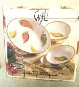New-7-Pc-Tabletops-Unlimited-Chili-Design-Stoneware-Pasta-Bowl-amp-Utensil-Set