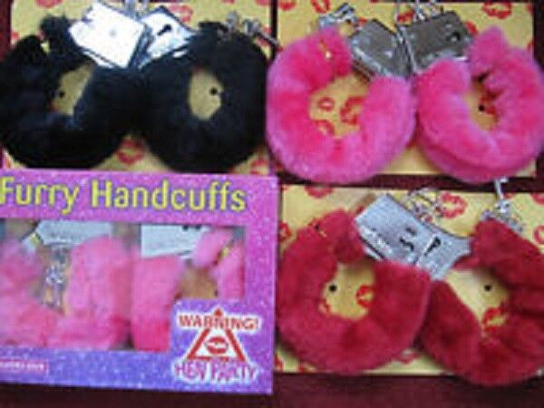 FURRY FLUFFY HANDCUFFS BLACK RED PINK FANCY DRESS HEN NIGHT STAG DO PLAY TOY NEW