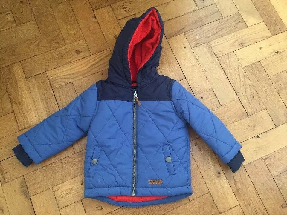 BNWOT Blaue Winterjacke mit Kapuze - Carter s - 24 Monate