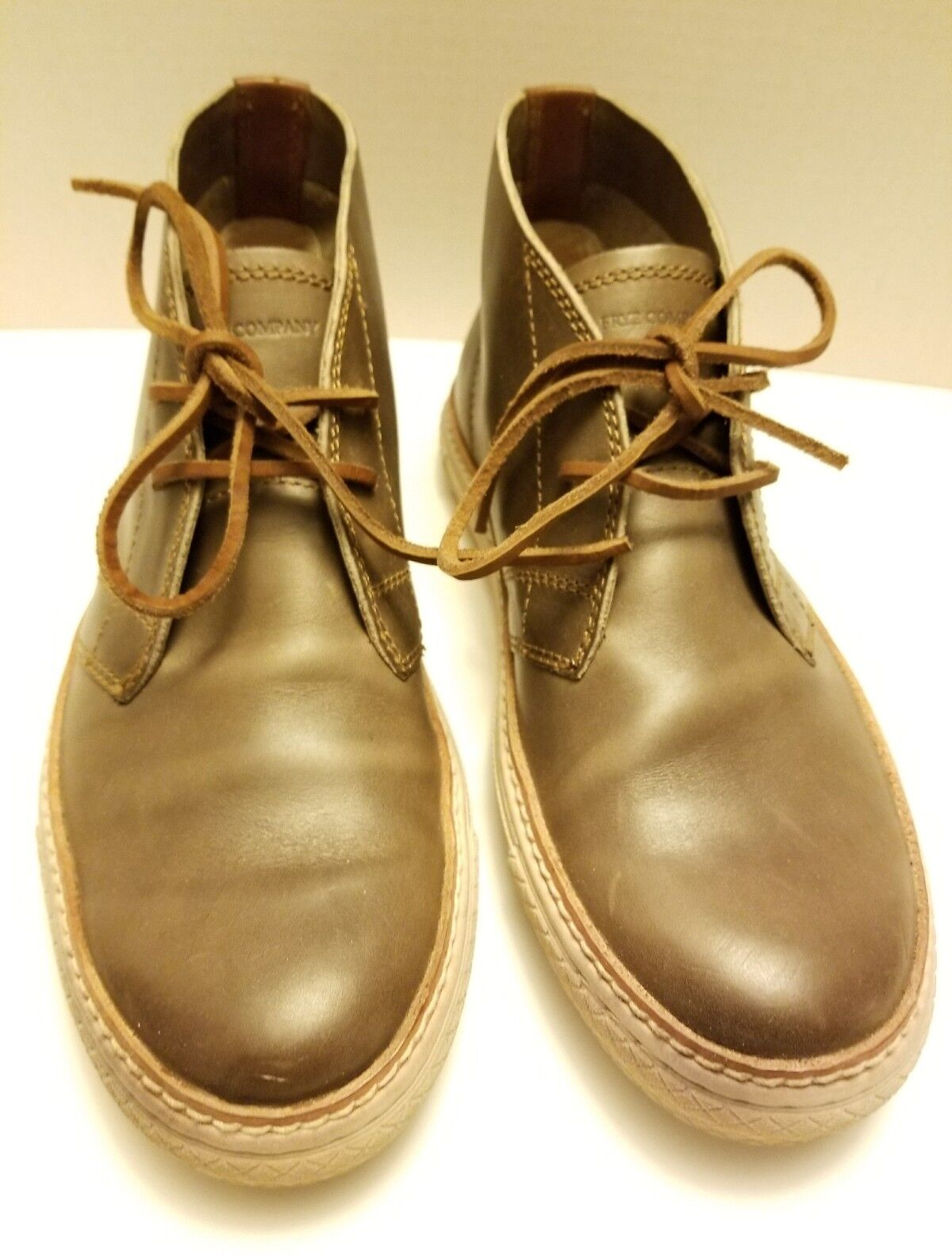 Frye Men's size 8.5 Gates Chukka Boots  Sneakers shoes Leather Stone