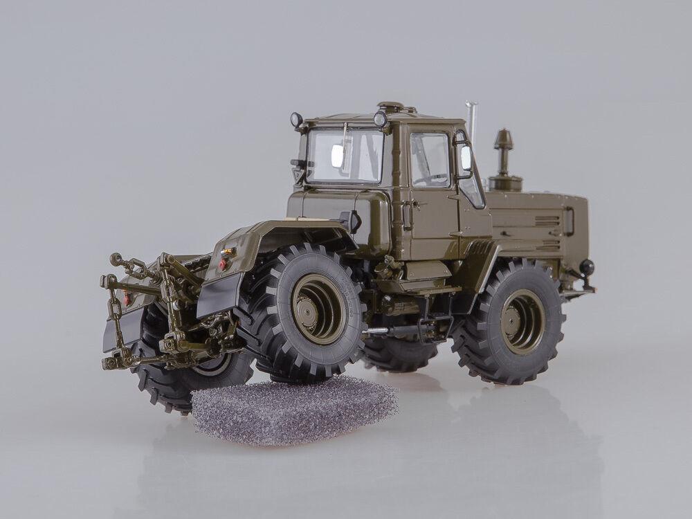 T T T 150 K Tractor Caqui SSM 8014 1 43 349472