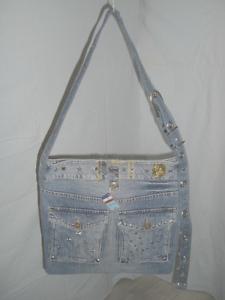 Umhaengetasche-Handtasche-Jeanstasche-Nietentasche